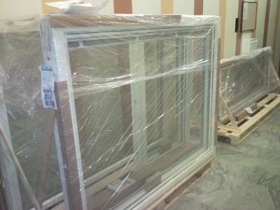 Nya aluminiumfönster.