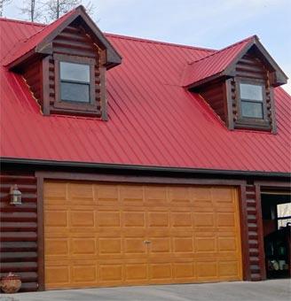Glöm inte att du får göra ROT-avdrag om garaget sitter ihop med huset.