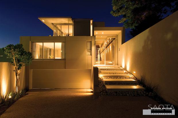 Stilren och enkel fasad