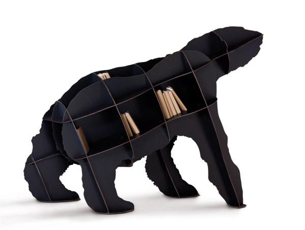 Lutande björnhylla