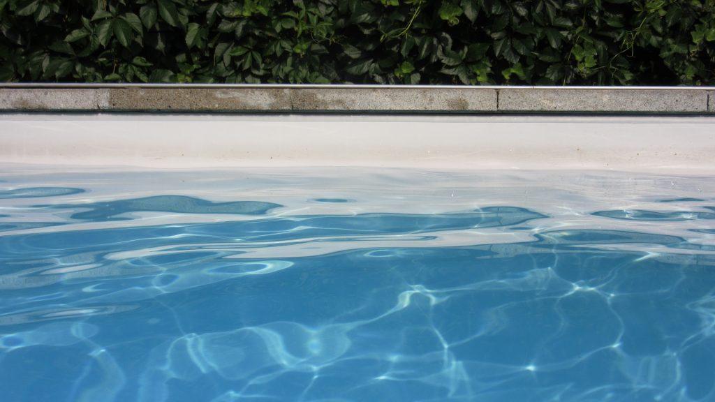 Att ha egen pool är en dröm för många