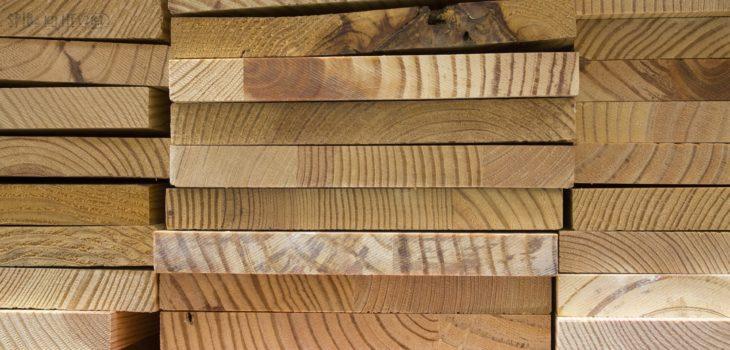 Plankor av trä